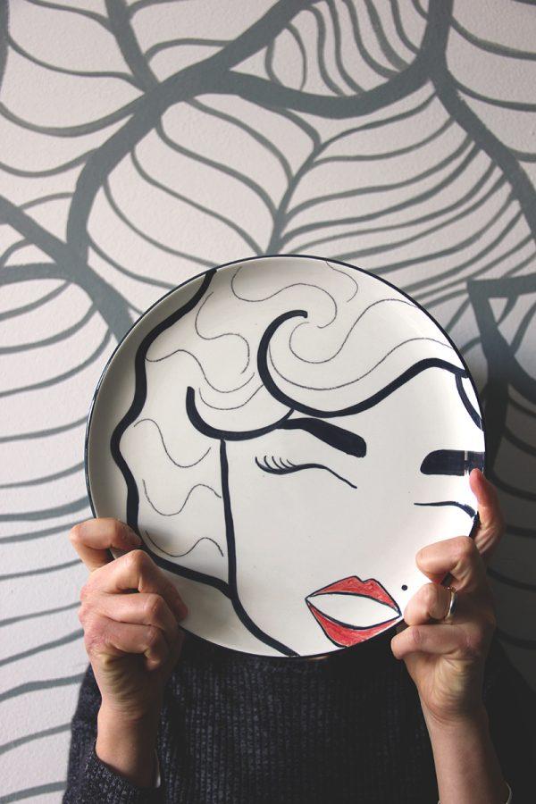 La faccia nel piatto • Marilyn Monroe
