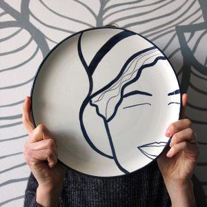 La faccia nel piatto • Freya Stark